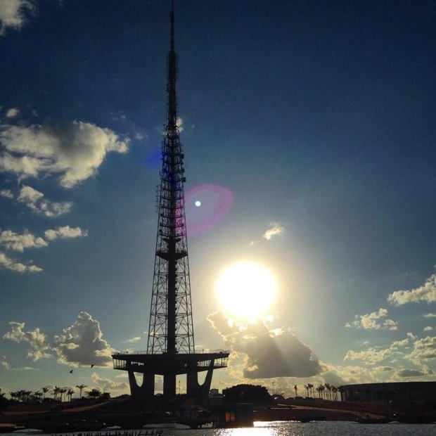 Por do Sol - Torre de TV
